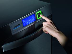 UC-touchscreen